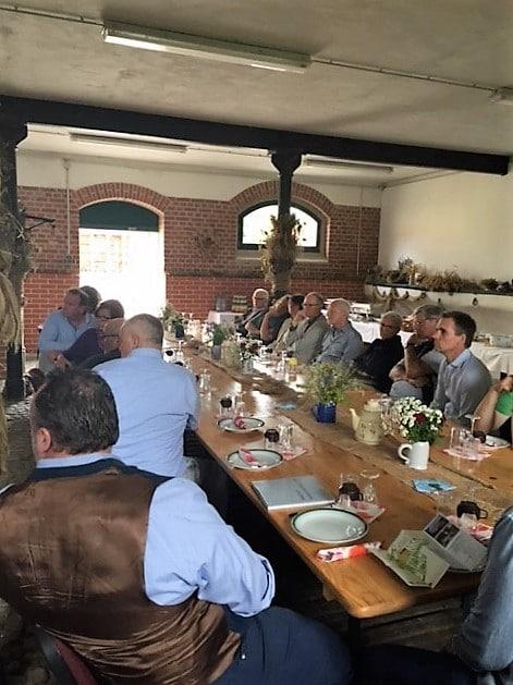 lunch club im Juni 2017 zu Gast bei Dr. Bernhard Wagner vom Wassergut Canitz GmbH   Foto: Katharina Hitschfeld
