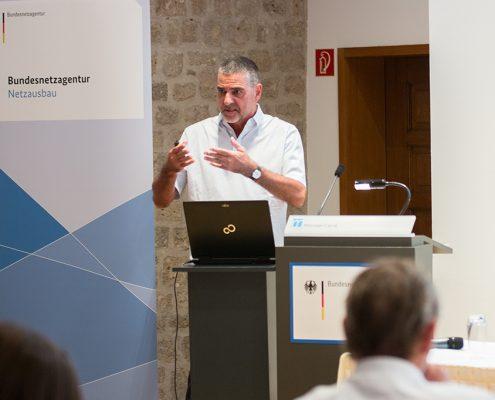 Christoph Eichenseer von Büro Hitschfeld beim Wissenschaftsdialog BNetzA in Bonn 2018 (Foto: Kristina Judith)