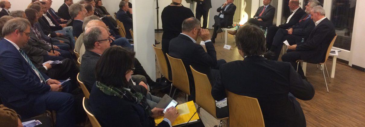 """Managerkreis Friedrich-Ebert-Stiftung: Uwe Hitschfeld und Holger Tschense moderieren """"Mitteldeutschland im Fokus"""" mit Martin Dulig, Wolfgang Tiefensee und Prof. Dr. Armin Willingmann"""