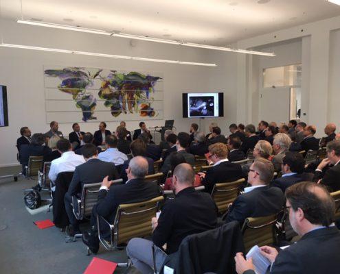 Uwe Hitschfeld bei Energy Infrastructure Day 2018 der Kanzlei Norton Rose Fulbright am 18. Oktober in München