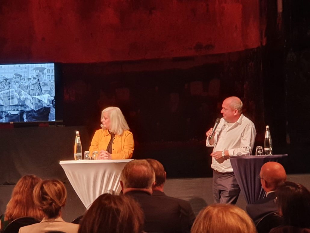 Buchpremiere, Katharina und Uwe Hitschfeld (Hg.), Foto Büro Hitschfeld
